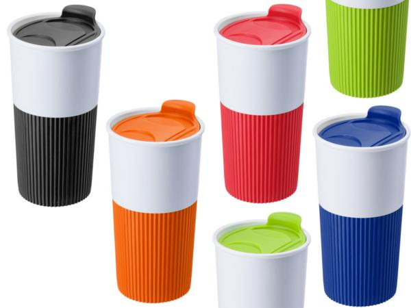 cadeaux ce primes mug en plastique et silicone. Black Bedroom Furniture Sets. Home Design Ideas