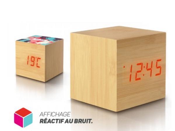Pendulette Réveil Cube en Bois