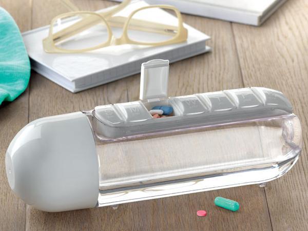 Bouteille de 600 ml avec Pilulier intégré