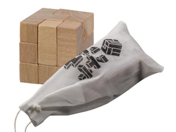 Puzzle en Bois en Forme de Dé dans un Sac de Coton