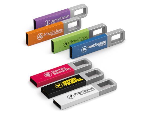 Clé USB Colorée à Accrocher Partout