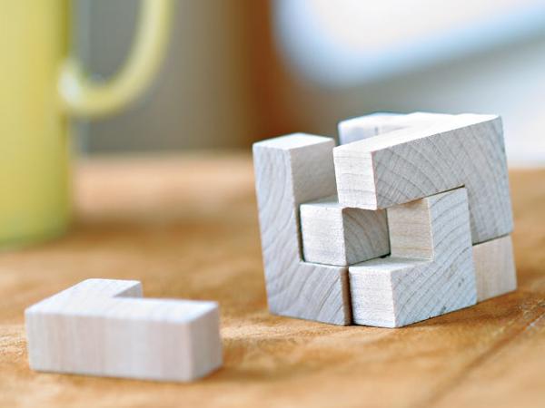 Puzzle en Bois 7 Pièces dans un Sac en Coton