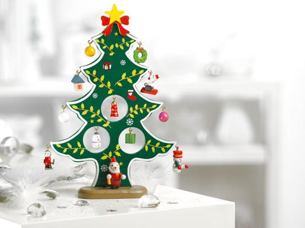 Sapin de Noël en Bois avec Décorations